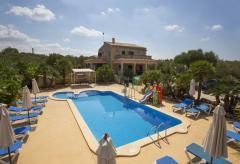 Finca mit eingezäuntem Pool und Klimaanlage (Nr. 0415)