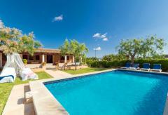 Ferienhaus mit Pool und Klimaanlage bei Pollenca (Nr. 0447)