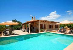 Ortsnahe Finca mit Pool und Internet (Nr. 0463)