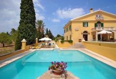 Großes Herrenhaus mit Pool - ideal für Familienfeiern, Seminare und Yoga-Kurse (Nr. 0466)
