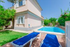 Strandnahes Ferienhaus mit Pool und Klimaanlage (Nr. 0490)