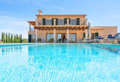 Komfortables Ferienhaus im mallorquinen Stil mit Pool (Nr. 0499)