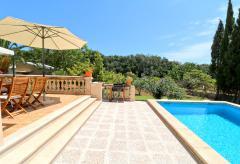 Ferienhaus mit Pool und Zentralheizung (Nr. 0607)
