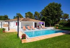 Ferienhaus mit privatem Pool, Klimaanlage und Internet (Nr. 0614)