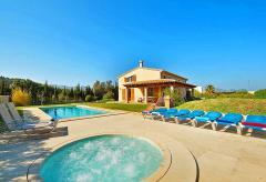 Komfortable Finca mit Pool und Whirlpool  (Nr. 0622)