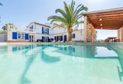 Ferienhaus für 10 Personen mit Pool und Klimaanlage (Nr. 0623)