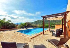 Mallorquine Finca mit Pool nahe der Bucht von Alcudia (Nr. 0635)
