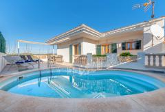 Strandnahes Ferienhaus mit Pool - Cala Morlanda (Nr. 0647)