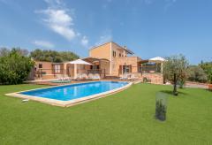 Ferienhaus mit Pool und Klimaanlage in Meernähe (Nr. 0653)
