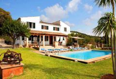 Ferienhaus mit Pool zum Alleinbewohnen bei Pollenca (Nr. 0665)