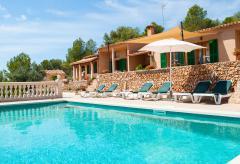 Ferienhaus mit Pool in ruhiger Lage (Nr. 0682)