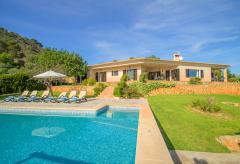 Ferienhaus mit Pool und tollem Meerblick (Nr. 0687)