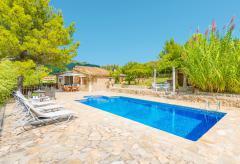Finca mit Pool und Garten in ruhiger Lage (Nr. 0694)