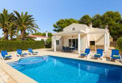 Strandnahes Ferienhaus mit Pool in Cala Blanca (Nr. 0505)