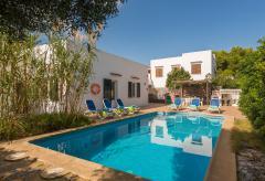 Strandnahes Ferienhaus mit Pool - Cala'n Blanes (Nr. 0509)