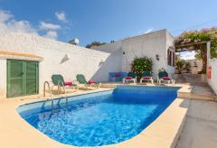 Strandnahes Ferienhaus mit Pool und Klimaanlage (Nr. 0511)