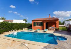 Cala'n Bosch - Strandnahes Ferienhaus mit Pool (Nr. 0516)