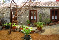 Kanarisches Ferienhaus mit Teide- und Meerblick in El Tanque (Nr. 7714)