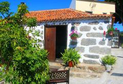 Gemütliches Ferienhaus mit Dachterrasse und Meerblick bei Adeje (Nr. 0777)