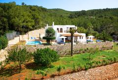 Finca mit Pool (kindersicher) und Klimaanlage bei Santa Eulalia (Nr. 0036)
