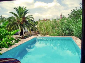 Pool der Finca