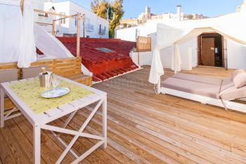Ferienhaus mit Dachterrasse und Klimaanlage