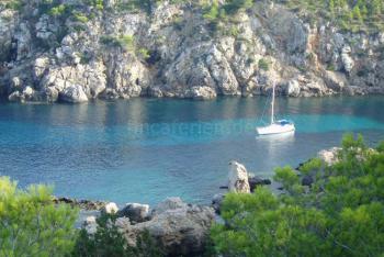 Bucht im Norden Ibizas