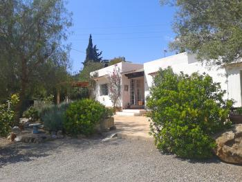Strandnahes Ferienhaus bei Santa Eulalia
