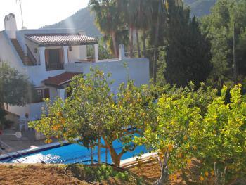 Strandnahes Ferienhaus mit Pool - Cala Llonga