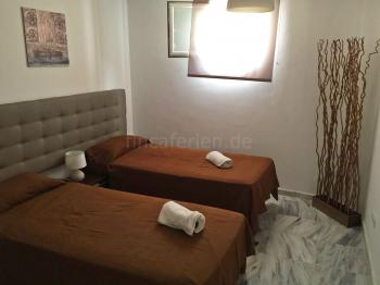 Schlafzimmer (UG)