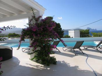 Moderne Villa am Meer für 12 Personen