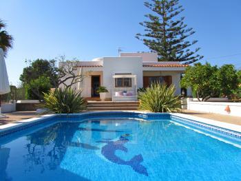 Urlaub im Ferienhaus nahe Ibiza-Stadt