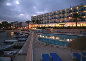 Hotel - Playa Talamanca