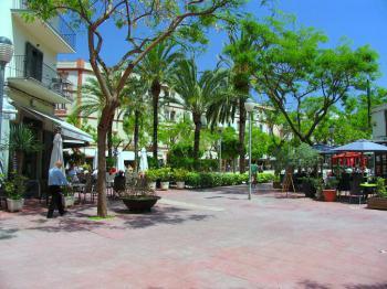 Ibiza Stadt - Plaza del Parque