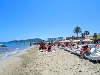 Langer Sandstrand Playa d'en Bossa
