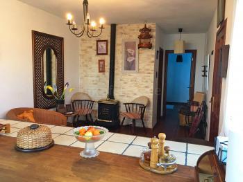 Eingangsbereich und Wohnküche