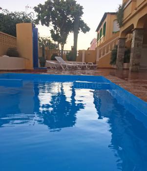 Pool, Sonnenterrasse, Außendusche
