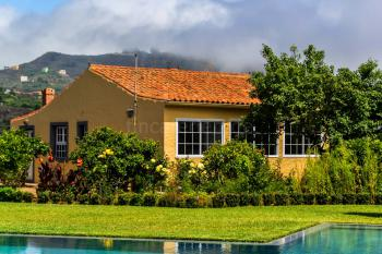 Komfortable Finca mit Pool bei Santa Brigida