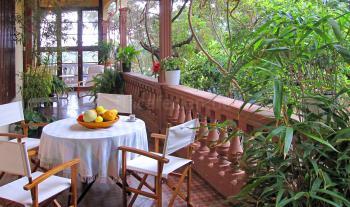 Ferienhaus mit schönem Garten und Terrasse