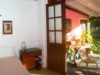 Schlafzimmer und Terrasse