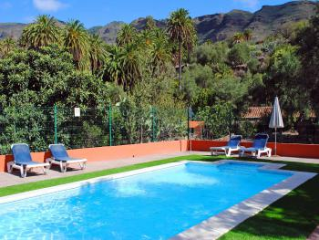 Kleine Finca in Santa Lucia mit Pool