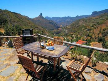 Terrasse mit Blick auf den Roque Nublo