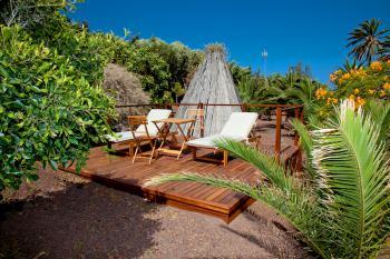Sonnenterrasse im Garten zum Relaxen