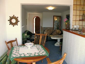 Wohn- und Esszimmer - große Ferienwohnung