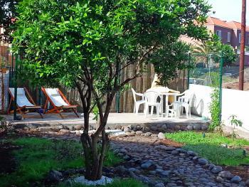 Strandnah und mit privatem Garten