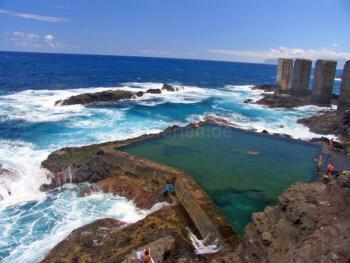 Meerwasserschwimmbecken Hermigua