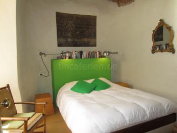 Schlafzimmer mit Doopelbett