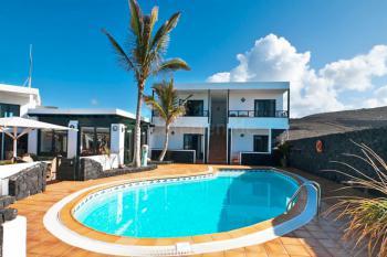 Kleines Hotel mit Pool