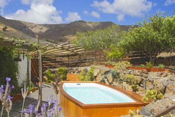 Landhaus mit beheiztem Pool