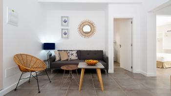 Offener Wohnbereich mit Essplatz